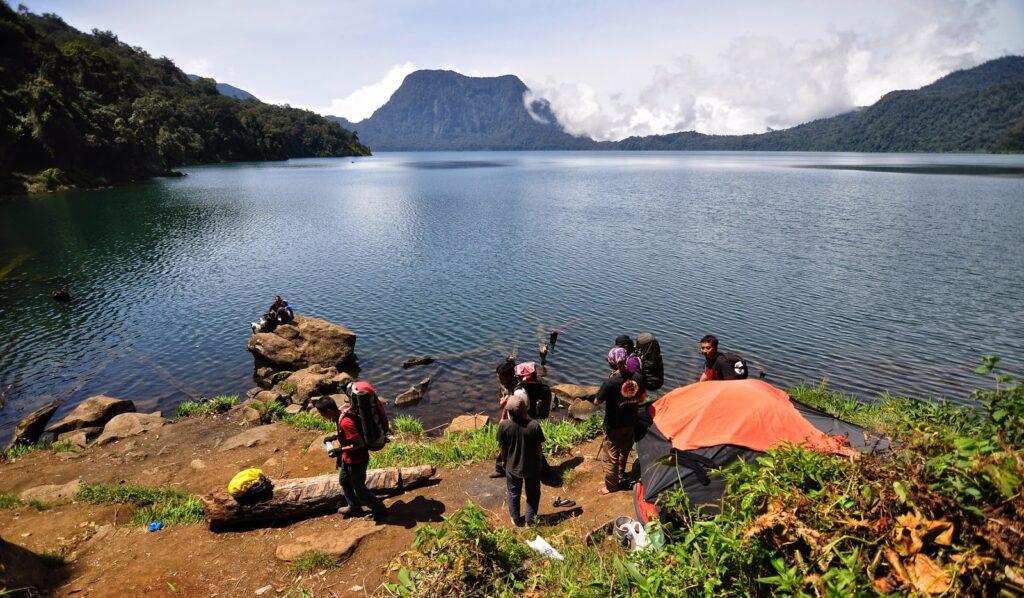 Wisata Taman Nasional Kerinci Seblat yang Harus Disinggahi